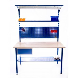 Montážní stůl s rampou a závěsným panelem